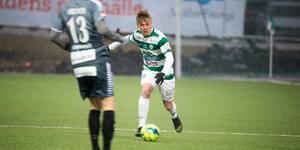 Dennis Persson mot IK Brage i VSK:s hemmapremiär.