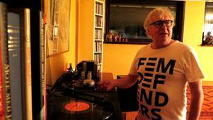 Conny Persson säljer även sin hifi-utrustning just nu på Blocket. Här finns en stor byrå med skandinavisk jazz.