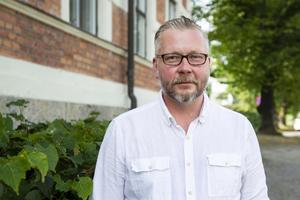 Lars Stål (M) är ordförande i Faxeholmen och leder den rekryteringsgrupp som nu ska hitta nästa vd bland de 42 ansökningarna de har fått in.
