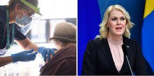 Arkivbild. Socialminister Lena Hallengren till höger presenterade lättnader i restriktioner för den som är vaccinerad mot covid-19.