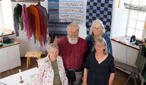 Berit Eldvik, Lennart Fransson, Camilla Forsberg och Maggi Stenström ställer ut i Arholma båk i sommar tillsammans med andra konsthantverkare.