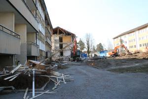 Byggtema påbörjade i april rivningen av fastigheterna i kvarteret Jägaren.