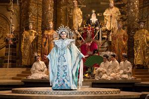 Christine Goerke i Turandot. Foto: Folkets hus och parker