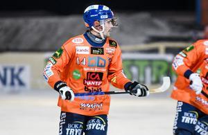 Samuli Helavuori blev stor matchhjälte för Bollnäs med sina tre mål.