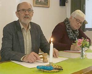Årsmötespresidiet bestod av ordförande Kjell Rubensson och sekreterare Siw Lundkvist. Foto: Elisabet Yngström