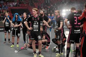 Falun deppar efter förlusten mot Storvreta i SM-finalen. Foto: Janerik Henriksson/TT