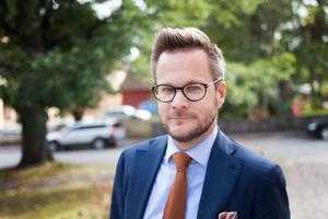 Jakob Lindgren är kritisk till rubriceringen grovt vapenbrott.