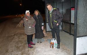 Kristina Trolin, Katarina Stridh Andersson och Staffan Södermark var tre av dem som klev på buss 53 vid Forsa folkhögskolan strax innan klockan sju på torsdagsmorgonen.