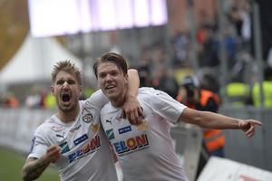 Martin Broberg tillsammans med vännen Daniel Björnquist i ÖSK.