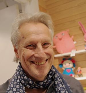 Lars Trägårdh är professor i historia och har bland annat forskat om olika aspekter på välfärdsstaten och det civila samhället.