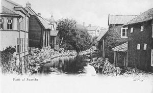 Det har funnits flera förbindelser över Svartån vid Klippanområdet genom åren. Bild från tidigt 1900-tal.Foto: Ernst Blom