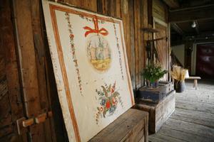 En av fyra målningar som gården har, målad av konstnären Johan Hansson, som kom i från Rättvik.