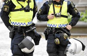 För trygghet på våra gator i framtiden, menar Sandberg och Lundälv.