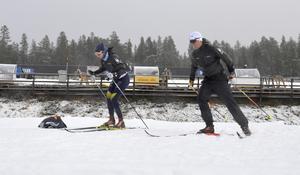 Stina Nilsson och Calle Halfvarsson tränar tillsammans i Idre.
