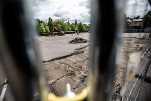 Gamla postenparkeringen hyvlas för att ge plats till arkeologer.