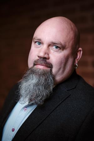 Mikael Söderqvist (SD), 48 år, Norrtälje. Socialnämnd.