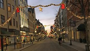 """Därför är inte julen slut i Örebro – julbelysningen fortfarande uppe i centrum: """"Vi har ett avtal"""""""