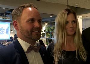 Jörgen Berglund (M) och Liza-Maria Norlin (KD) valvakade med alliansen i Sundvall.
