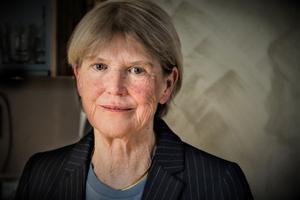 Gunilla Johansson är född 1941 i Östersund. Hon har tidigare gett ut