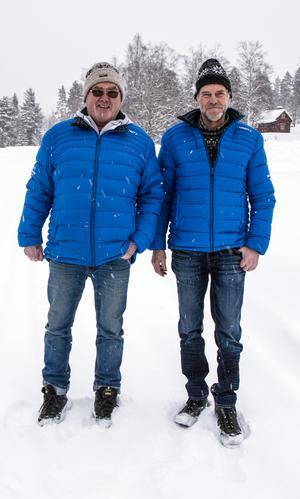 De trivs längs fäders spår, på frugornas fäbod. Gert Eriksson och Sven Frost är trotjänare som funktionärer.