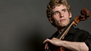 Cellisten Andreas Brantelid spelar tre Beethovensonater 26 april 2020. Pressfoto: Marios Taramides
