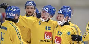 Sverige slog Kazakstan med 22–1 på onsdagen,  men Daniel Berlin tror ändå att kazakerna vinner sin kvartsfinal mot Norge på torsdag.