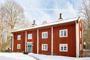Erik-Andersgården i Pershyttan är en bergsmansgård.