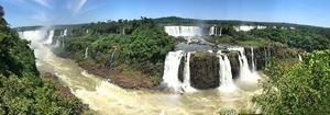 Foto: Leif Fredriksson – Bland de största upplevelserna på de här två resorna var Victoriafallen på gränsen mellan Zimbabwe och Zambia, men också Iguazufallen i Argentina, säger Leif.