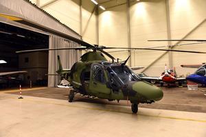 Två av dessa fanns på plats i hangaren på Mora flygplats.