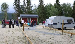 Den nya husvagnscampingen har åtta elplatser och är även tänkt att fungera som ställplats för husbilar.