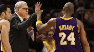 NBA-legendaren Phil Jackson, här med superstjärnan Kobe Bryant.