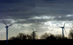 Målsättningen är att ta investeringsbeslutet nästa år och sedan tar det 2,5 år att bygga vindlkraftsparkerna. Foto: Foto: Ulf Palm/SCANPIX