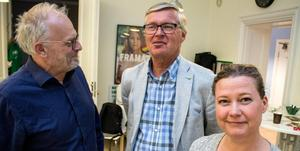 Arkivbild från 24 april. Falualliansen med partierna M, KD, C, L och Falupartiet meddelar att de vill fortsätta styret, trots försvagad ställning efter omvalet. På bilden: Jan Fors (M), Mats Dahlström (C) och Camilla Andersson Sparring (C).