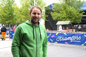 Arrangören Oscar Westerlind vill inte berätta hur mycket biljetter som är sålda, men enligt honom har de har sålt bättre än i fjol.