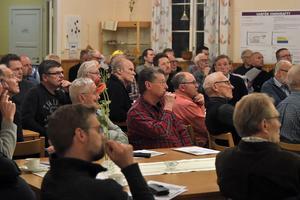 Ett 70-tal personer hade samlats i Skärstad för samrådsmötet kring Kraftös planer.