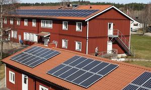 Solenergi ger en långsiktig och klimatsmart kostnadsbesparing, som kan vara avgörande för att hjälpa vårt näringsliv på fötter igen, skriver insändaren.