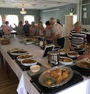 Lunch på Järvsöbaden för SPF-medlemmarna.