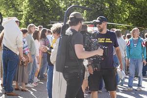Köpingsborna har på senare år fått se allt fler tv-inspelningar i Köping. Som här Tårtgeneralen, Välkommen till Köping och en holländsk tv-serie.