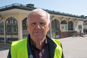 Berth Henriksson, 75, pensionär, Timrå: