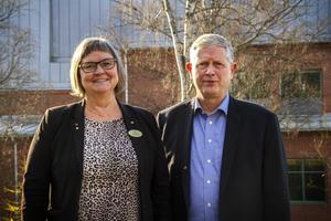 Hufb:s ordförande Åsa äng Eriksson (M) och förbundschef Thomas Winqvist.