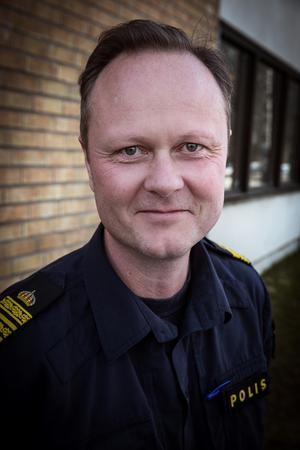 """""""Vi har kunnat notera och konstaterat att de här insatserna som polisen har gjort i Krylbo, och som kommunen har gjort, ha lett till något som vi kan beteckna som ett trendbrott"""", säger Mattias Skarp, chef för lokalpolisområde Falun, Avesta och Hedemora."""