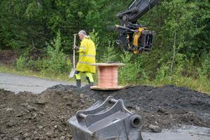 I måndags började Jämtkraft att gräva ner elkablar i området.