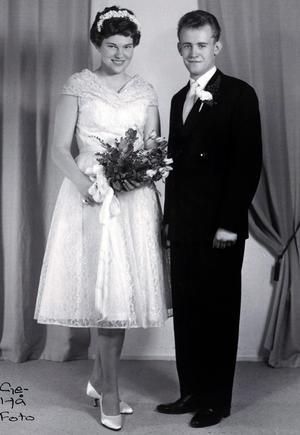 Den 12 september 1959 gifte sig Margareta och Åke i Timrå prästgård.