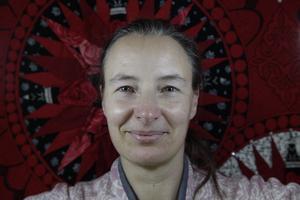 Simone Steuxner bor i Vänsjö.