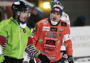 Andreas Westh satte tonen för Bollnäs med två mål i första halvlek.