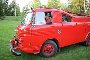 Den här veteran-brandbilen från 60-talet är lite av Karl-Erik Janssons favorit kan man säga. Den kommer givetvis att köras ut på söndag.