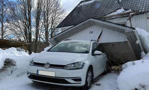 En förstukvist rasade på torsdagen ihop vid en villa på Mallberget.