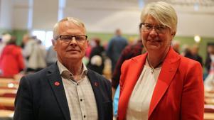 Gottfrid Jonsson och Ann-Marie Johansson höll tal i samband med Förstamajdemonstrationen i Sveg.