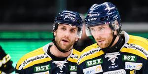 Sebastian Dyk (vänster) var besviken efter SSK:s förlust mot Tingsryd. Foto: Simon Hastegård/Bildbyrån