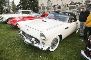 Lars Nyman från Frösön dök upp med sin Ford Thunderbird Cabriolet från 1955